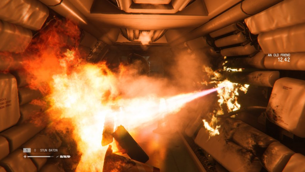 Alien Isolation: alien behind burning gas leak